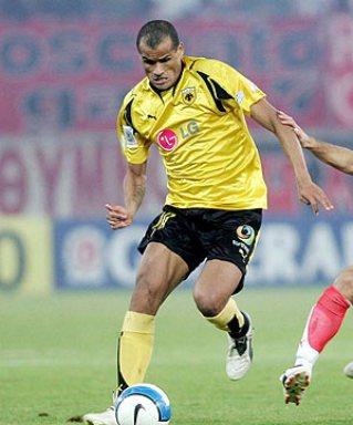 Rivaldo in action for AEK FC 2007-08